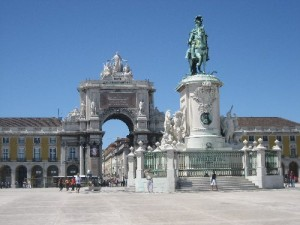 143917-amazing-avenue-behind-the-arc-lisbon-portugal
